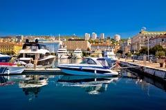 Ville de vue de plaisance de bord de mer de Rijeka photo stock