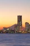 Ville de Yokohama au-dessus du mont Fuji Photo stock