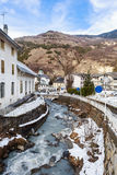 Ville des jeunes mariées-les-Bains Département de la Savoie Images libres de droits