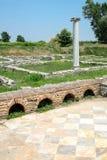 Ville Dion de Grèce antique Colonne dans les ruines de la Chambre de Dionysos Parc archéologique de ville sacrée de Macedon images libres de droits