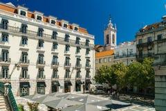 Ville du centre de marche de Lisbonne de personnes au Portugal Photos libres de droits