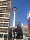 Ville du centre occupée Alberta de Calgary de promenade image stock