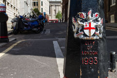 Ville du manteau de Londres des bras Images stock