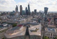 Ville du panorama de Londres, vue de cathédrale de St Paul Photographie stock libre de droits