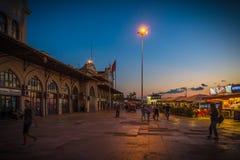 Ville du ` s de dame âgée d'Istanbul avec le Bosphore, Turquie photo stock