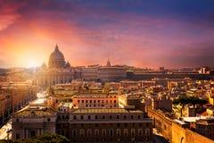 Ville du Vatican Basilique de rue Peter Vue panoramique de Rome et de St Photo libre de droits