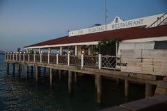 Ville en pierre le restaurant de flottement Photo stock
