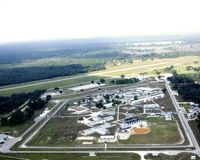 Ville en travers, prison de la Floride et aéroport Image libre de droits