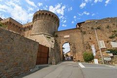 Ville enrichie de Volterra, Toscane image stock