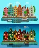 Ville européenne plate de vecteur : jour, nuit, maisons, canal, rue Photos libres de droits