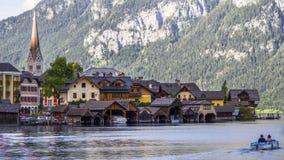Ville gothique sur le lac hallstatt photo stock