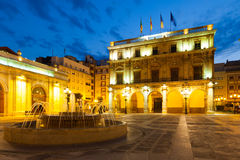 Ville hôtel chez Castellon de la Plana dans la nuit Photos libres de droits