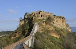 Ville italienne sur un sommet Image libre de droits