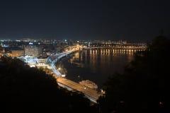 Ville la nuit Images libres de droits