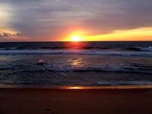 Ville le Maryland d'océan de coucher du soleil Image libre de droits