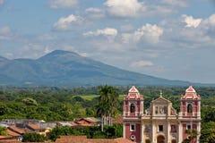 ville leon Nicaragua de cathédrale images stock