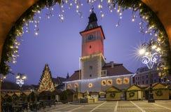 Ville médiévale historique de Brasov, la Transylvanie, Roumanie 6 janvier 2016 Images stock