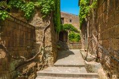 Ville médiévale italienne de Civita di Bagnoregio, Italie Photos libres de droits