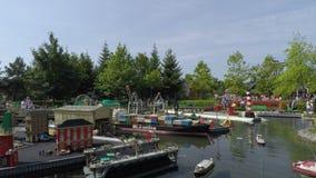 Ville miniature de station de vacances de LEGOLAND Deutschland dans Gunzburg banque de vidéos