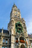 Ville nouvelle Hall Neues Rathaus sur Marienplatz à Munich Photographie stock libre de droits