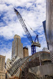 Ville NY de Crane Skyscrapers Skyline New York de bâtiment Images stock