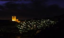 Ville pendant la nuit Photographie stock libre de droits