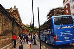 Ville R-U de Londres de vue de route de Buckingham Palace photographie stock libre de droits
