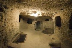 Ville souterraine, course à Cappadocia, Turquie Images stock