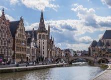 Ville sur la rivière Lys, Belgique Image stock