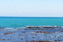 Ville Tanger de bord de la mer cachée par Moroccos image libre de droits