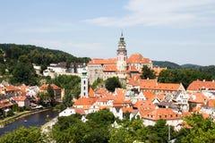 Ville tchèque dans le milieu de la journée Image libre de droits