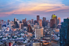 Ville urbaine moderne, Bangkok, Thaïlande. Images libres de droits