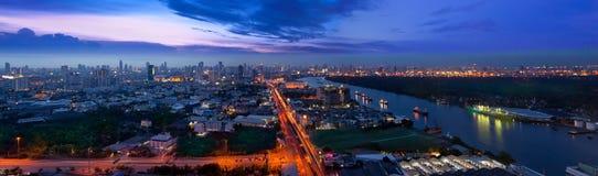 Ville urbaine moderne, Bangkok, Thaïlande. Image libre de droits