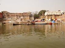 Ville Varanasi, Inde de temples Photos stock