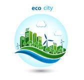 Ville verte d'eco avec les maisons privées, maisons de panneau, turbines de vent Photographie stock libre de droits