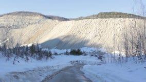 Villebråd i snörörelsen i berg lager videofilmer
