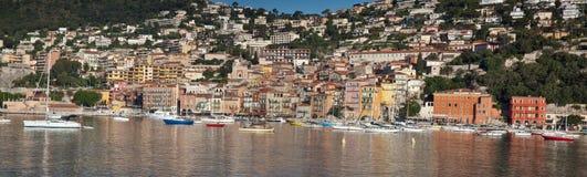 Villefranche auf dem Taubenschlag d'Azur Lizenzfreie Stockfotos