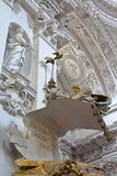 VILNIUS, ΛΙΘΟΥΑΝΙΑ - 31 ΔΕΚΕΜΒΡΊΟΥ 2016: Το εσωτερικό της εκκλησίας του ST Peter και του ST Paul ` s στοκ φωτογραφία