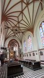 VILNIUS, ΛΙΘΟΥΑΝΙΑ - 28 ΙΟΥΝΊΟΥ 2012: Εσωτερικό της εκκλησίας του ST Francis και του ST Bernard, Vilnius, Λιθουανία στοκ εικόνες