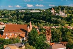 vilnius της Λιθουανίας Άποψη της εκκλησίας του ST Anne, της εκκλησίας του ST Francis και του ST Bernard, της εκκλησίας της ανάβασ Στοκ Φωτογραφία