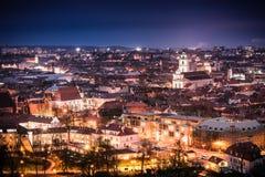 Vilnius bij nacht Stock Fotografie
