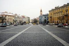 Vilnius centrum miasta zimy urzędu miasta kwadrata stary widok Obrazy Royalty Free