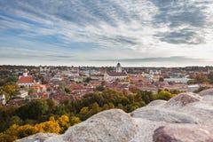 Vilnius gammal stad i höst Royaltyfri Foto