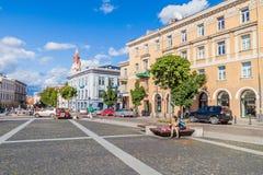 VILNIUS, LITAUEN - 15. AUGUST 2016: Rathaus Vilniaus-rotuse Quadrat in Vilnius, Lithuani lizenzfreies stockbild