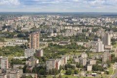 Vilnius, Litauen - 19. Juli 2016: Moderne Stadt des Panoramas von Vilnius Lizenzfreie Stockbilder