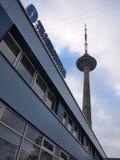 Torre da tevê de Vilnius. Lithuania. Tarde do 14 de dezembro, 2012 Imagens de Stock Royalty Free