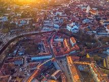 VILNIUS, LITHUANIA - widok z lotu ptaka Vilnius stary miasto zdjęcia stock