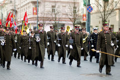 VILNIUS, LITOUWEN - MAART 11, 2015: Feestelijke parade als Litouwen duidelijk de 25ste verjaardag van zijn onafhankelijkheidsrest Royalty-vrije Stock Foto