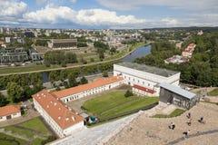Vilnius, Lituânia - 19 de julho de 2016: Cidade moderno do panorama de Vilnius Imagens de Stock Royalty Free