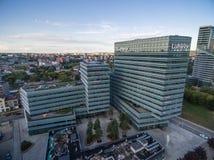 VILNIUS, LITUANIA - 14 AGOSTO 2018: Costruzione della Banca di Luminor a Vilnius, Lituania immagine stock libera da diritti